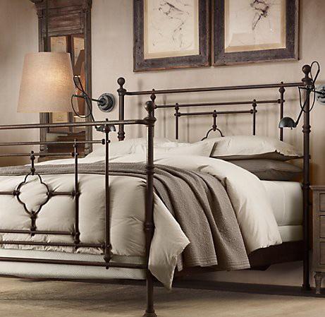 Оригинальная кованая кровать в немецком стиле
