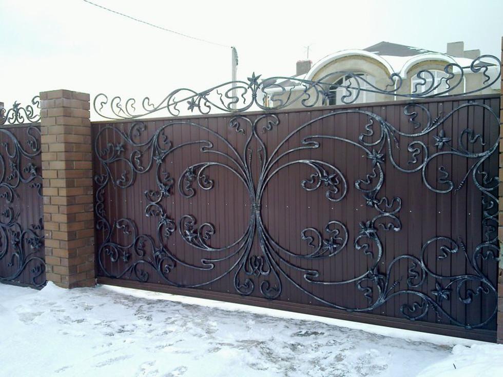 Художественная ковка откатных ворот