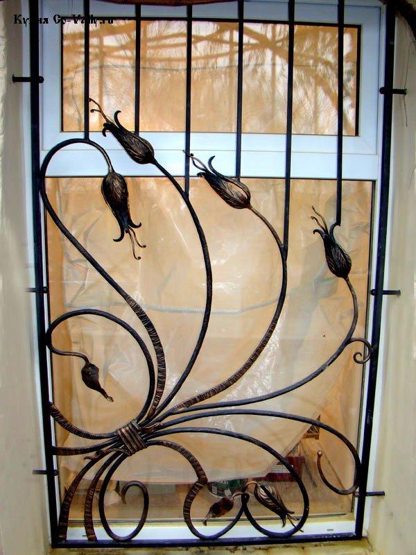 красивые кованые ворота и заборы в частных домах