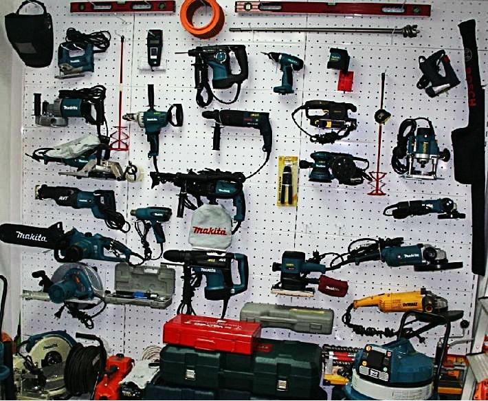 Строительные инструменты на прокат в Херсоне.