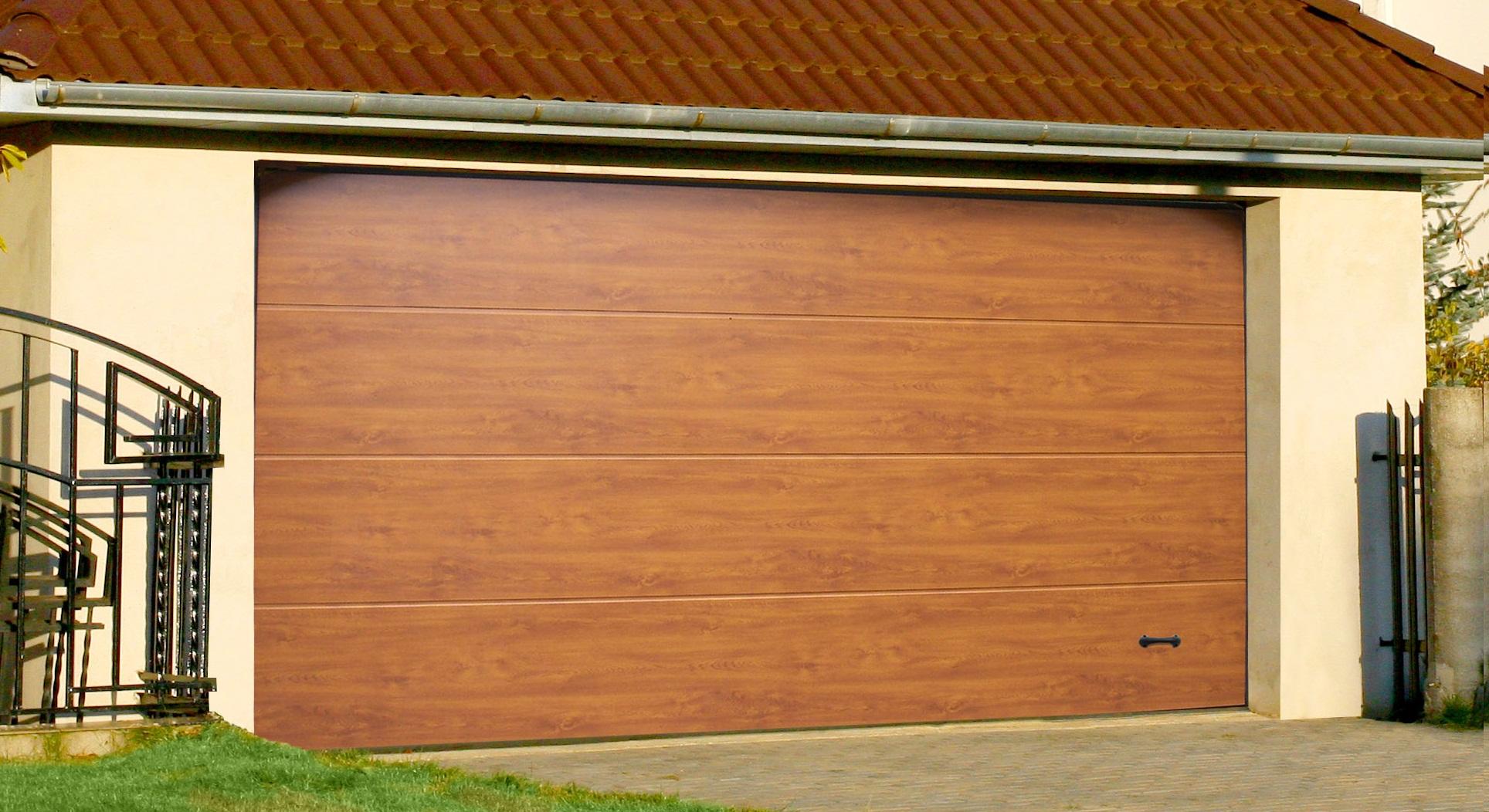 Ворота гаражные , промышленные в Херсоне на заказ по доступным ценам