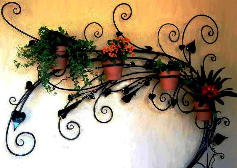 Напольные металлические подставки под цветы на заказ
