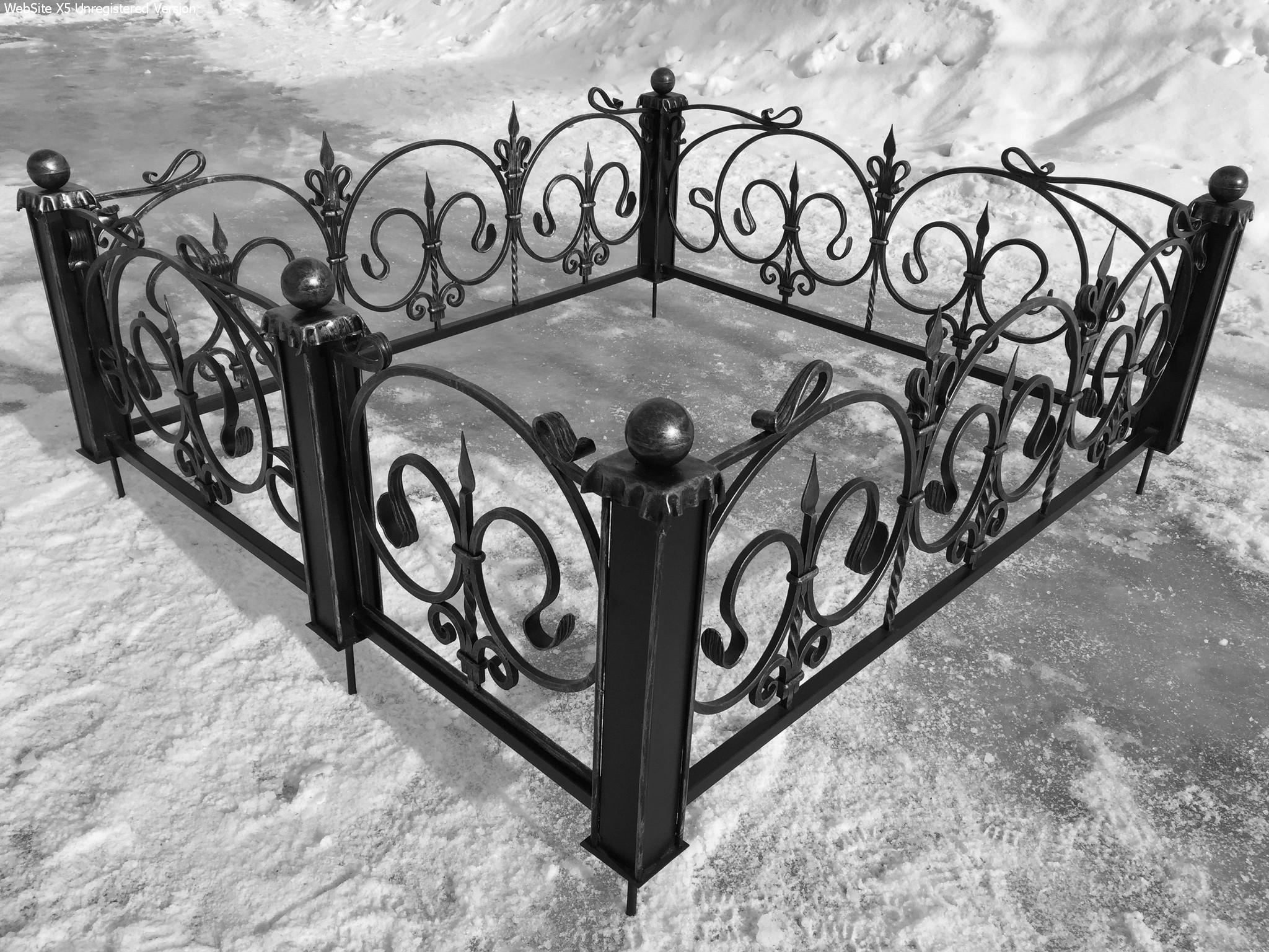 Кованая ограда для могилы на заказ в Херсоне