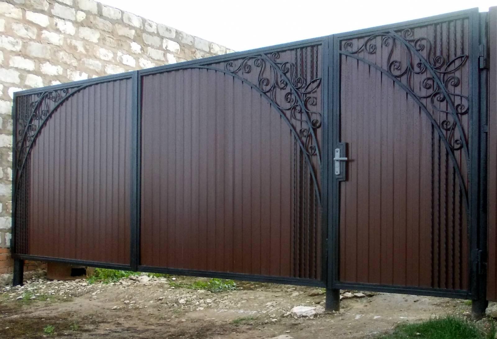Фото железные ворота цена плитки положить на забор
