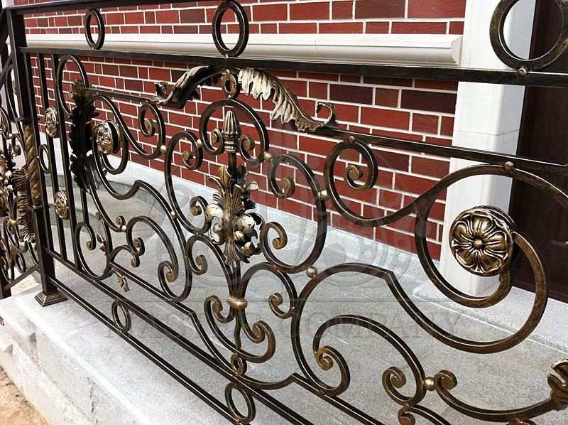 Кованые поручни и ограждения в стиле барокко