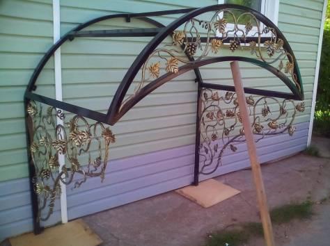 Декорирование козырька кованым плетением в Херсоне на заказ