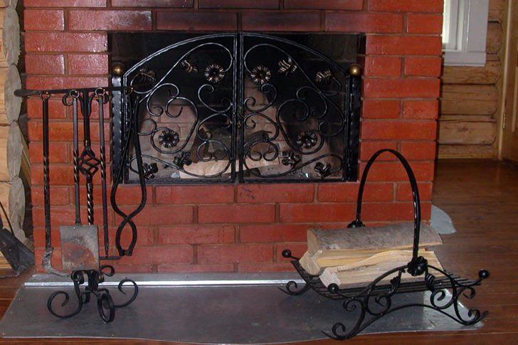 Металлический кованый набор для камина купить в Херсоне стоимость цена