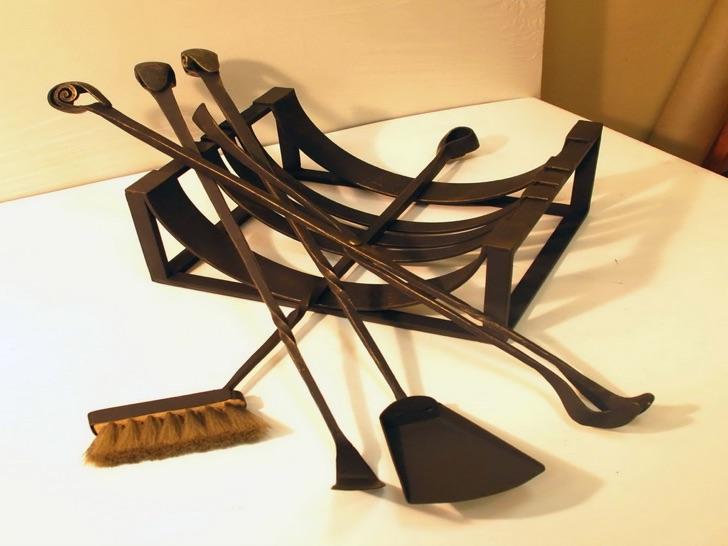 Классический кованый металлический набор для камина купить в Херсоне