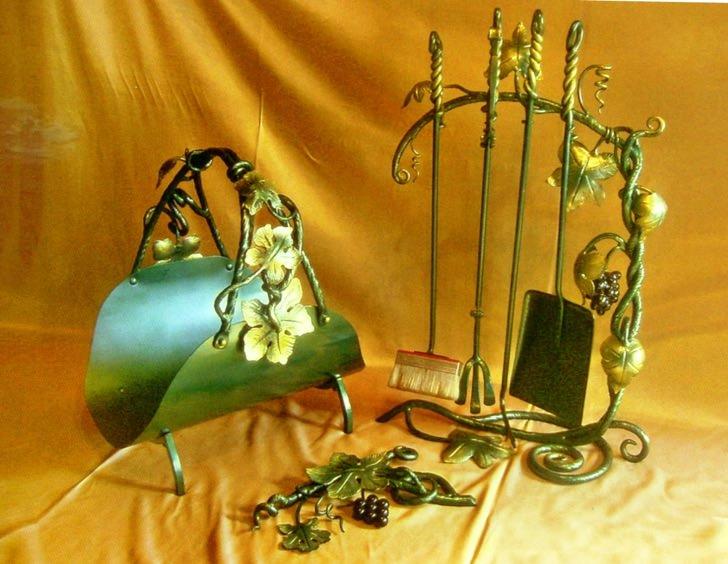 Кованый металлический каминный набор с плетениями на заказ в Херсоне