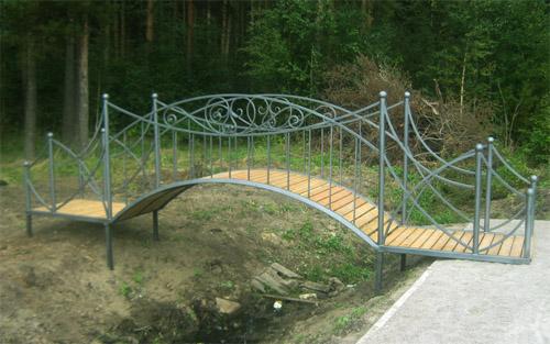Оригинальный мостик из металла с Элементами художественной ковки в Херсоне на заказ