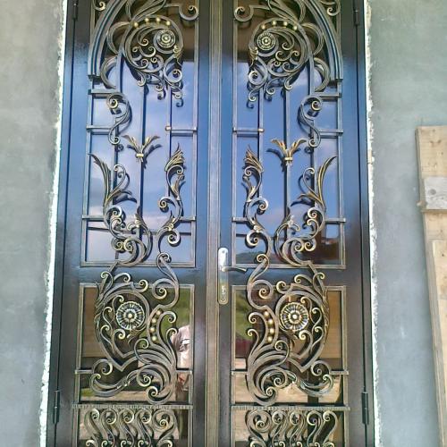 Стоимость кованой двери в Херсоне