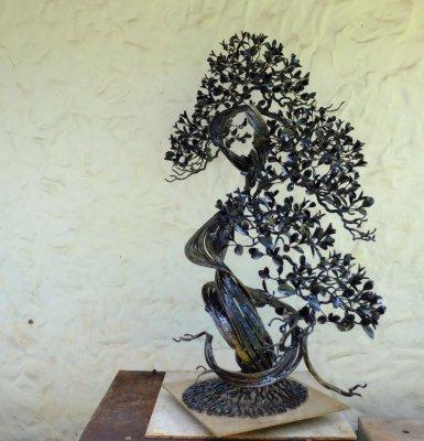 Декоративное комнатное кованое дерево Бонсай изготовить в Херсоне на заказ